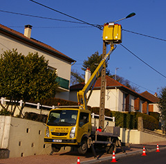 Câblage électrique d'un éclairage public à Montcenis (71)